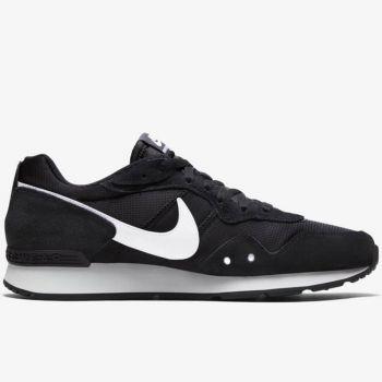 NIKE Venture Runner Line – Black Sneakers